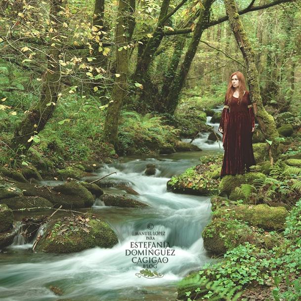 Caracterizada de dama dunedain junto al rio Sesin